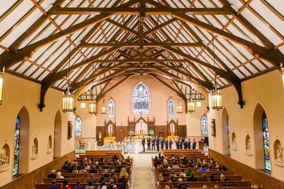 wedding ceremony in church photographed by Renee Nicolo Photography