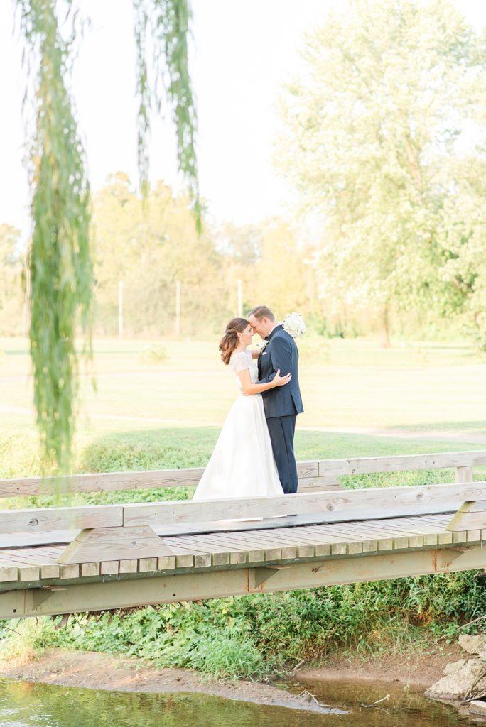 Pennsylvania wedding photos by Renee Nicolo Photography