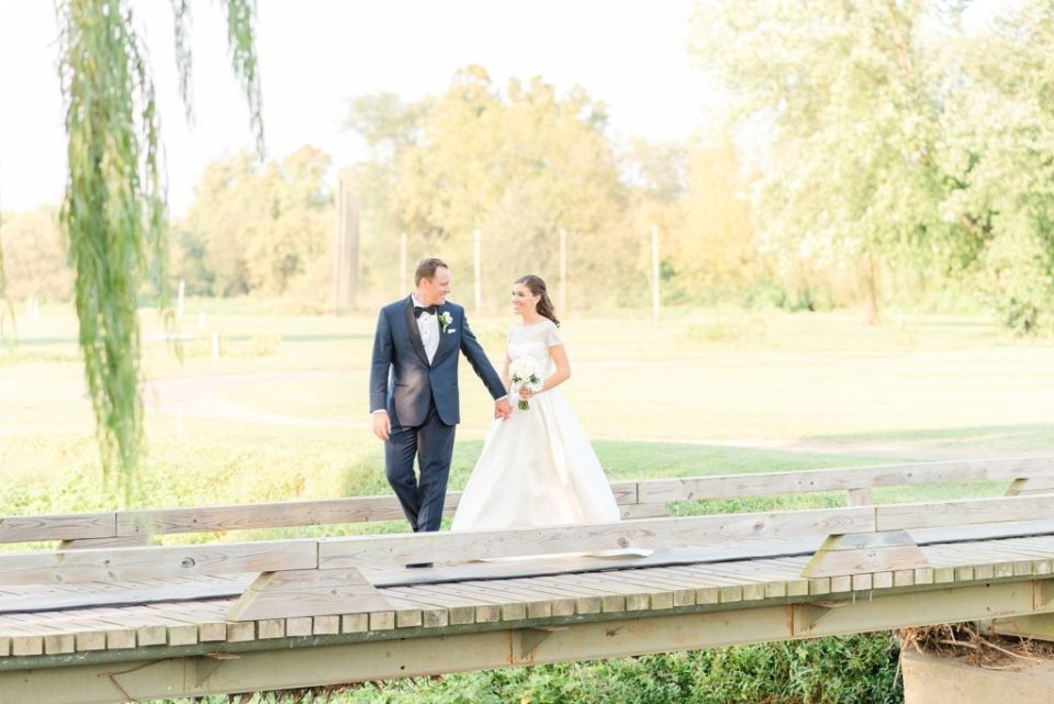 wedding photos at Whitemarsh Valley Country Club by Renee Nicolo Photography