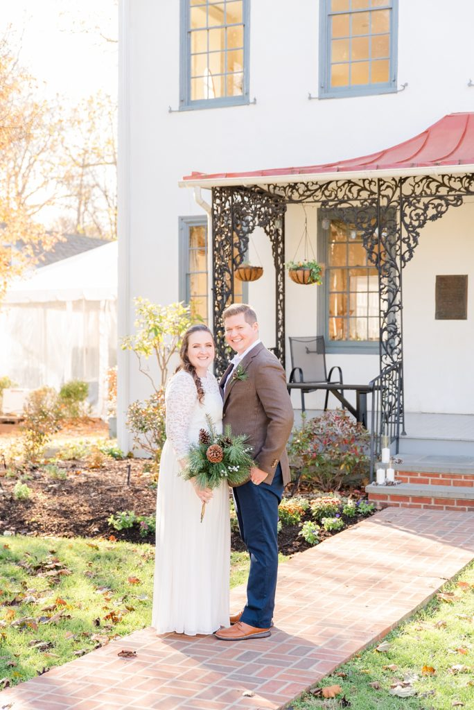 Wedding portraits at Duportail House with Renee Nicolo Photography