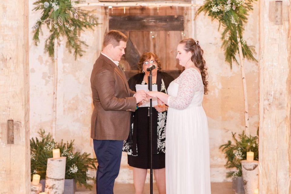 wedding ceremony with PA wedding photographer Renee Nicolo Photography
