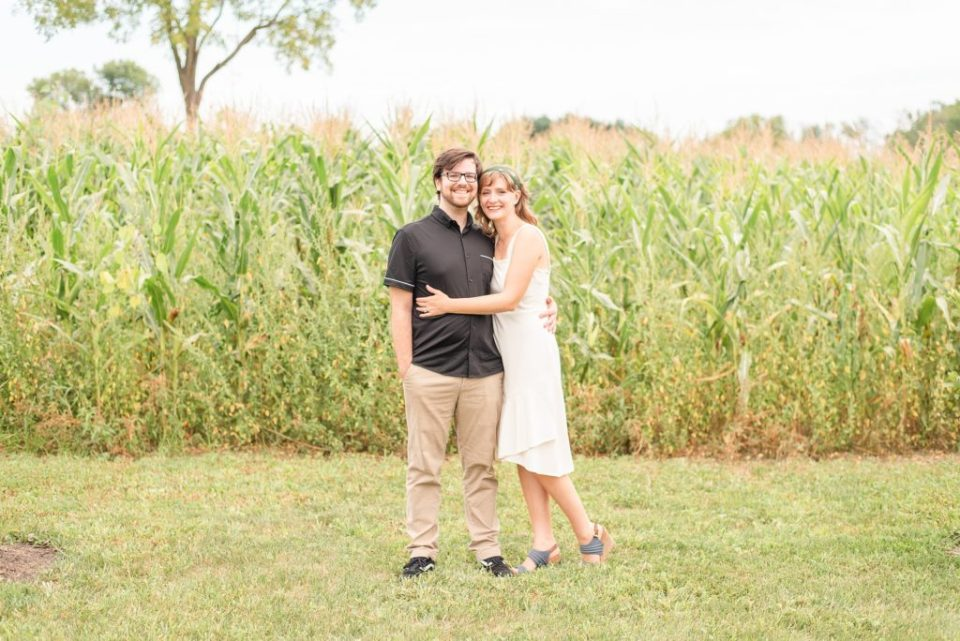 summer engagement portraits at Historic Stonebrook Farm