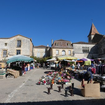 Market day in Monpazier