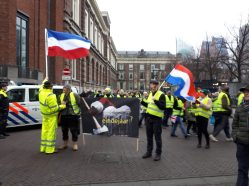 yellow vests demonstration