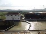 Ship going through the far Miraflores lock
