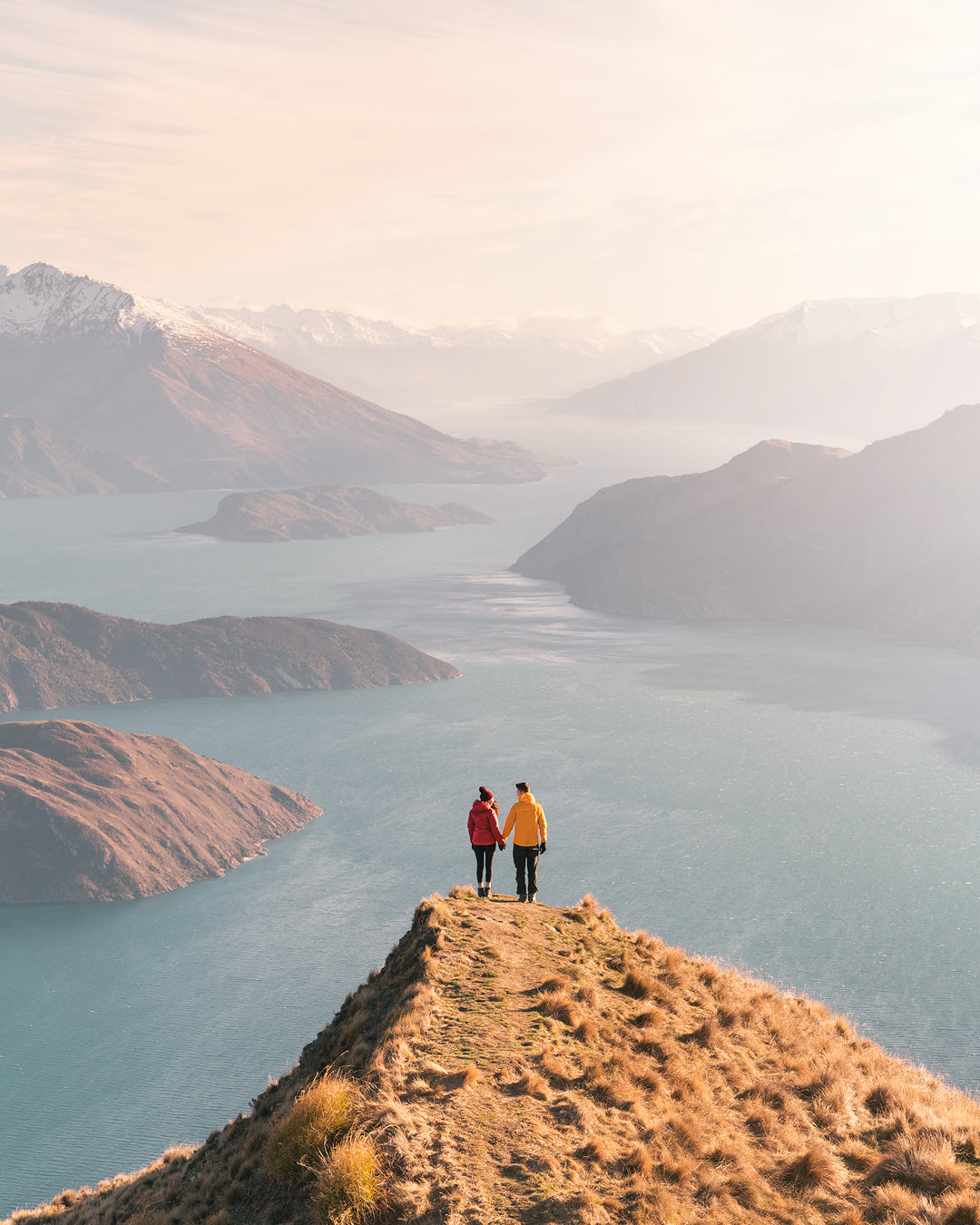 12 MUST SEE PLACES ON THE SOUTH ISLAND OF NEW ZEALAND - ROYS PEAK WANAKA