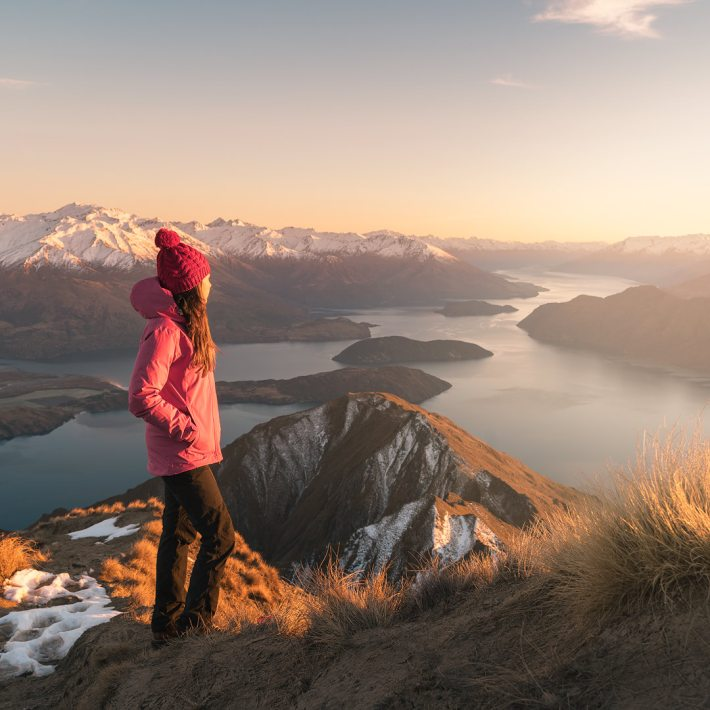 12 MUST SEE PLACES ON THE SOUTH ISLAND OF NEW ZEALAND - ROYS PEAK SUNRISE WANAKA