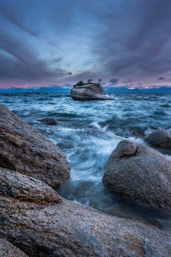 The-Ultimate-Adventure-Getaway-to-Reno-and-Lake-Tahoe-Bonsai-Rock-Sunset-Renee-Roaming