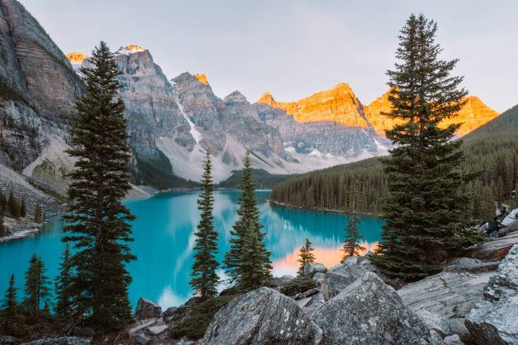 Top-6-Must-See-Canadian-Rockies-Lakes-Moraine-Lake-Renee-Roaming