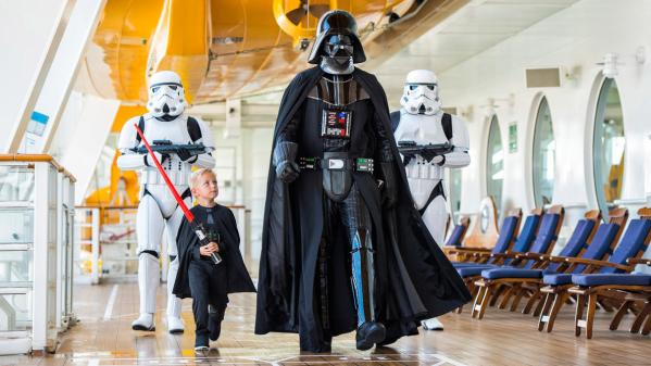Go with the Force! Star Wars Day at Sea – Disney Fantasy 2018