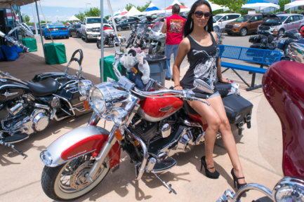jules-bike-and-model