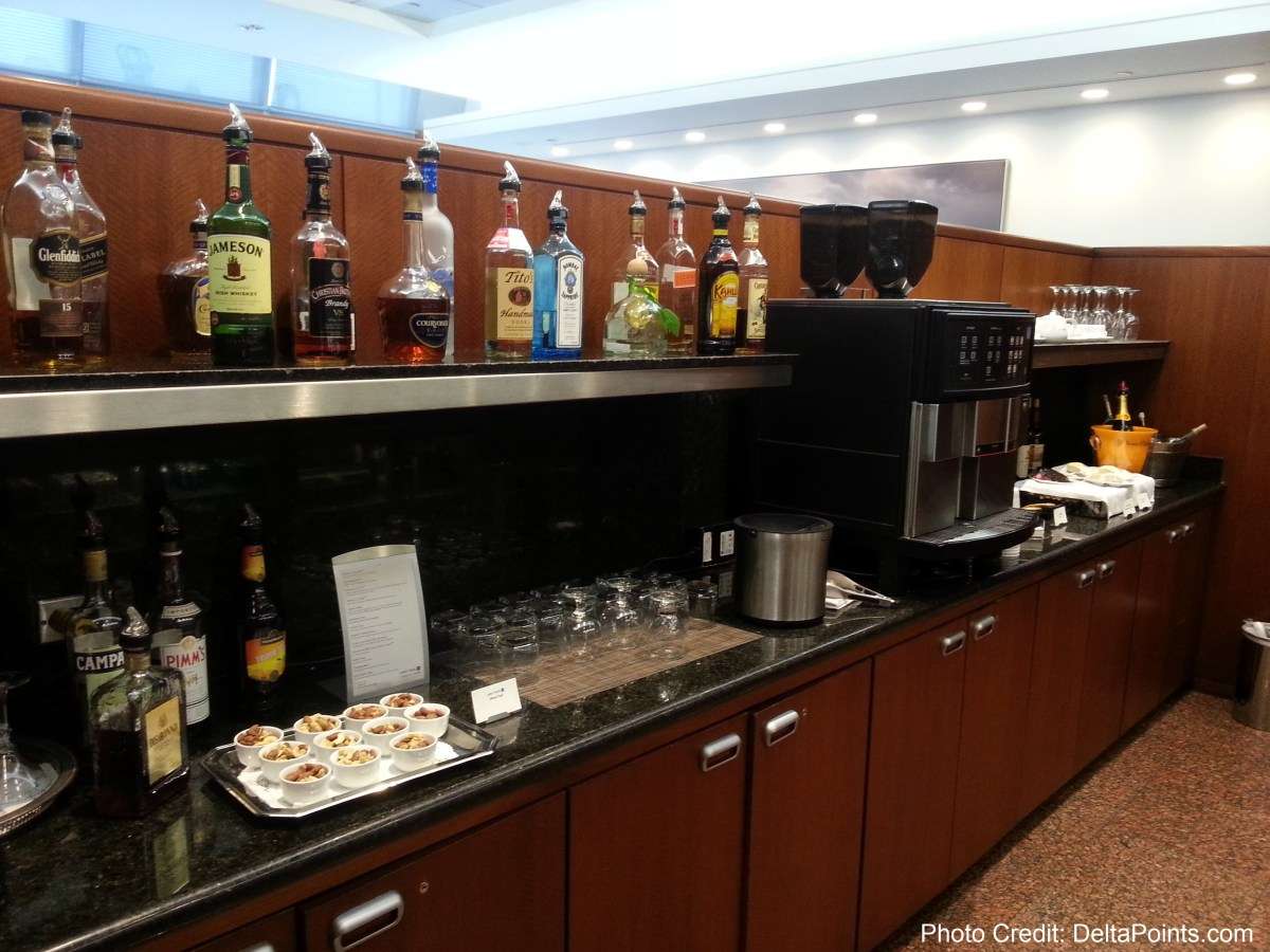 food and drink choices united global first class lounge