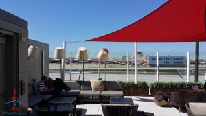 Delta Sky Club Atlanta F International Terminal SkyDeck review RenesPoints blog (10)