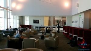 Delta Sky Club Atlanta F International Terminal SkyDeck review RenesPoints blog (23)