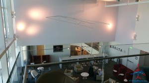 Delta Sky Club Atlanta F International Terminal SkyDeck review RenesPoints blog (28)
