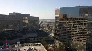 Los Angeles LAX IHG Crown Plaza Club Room King room review RenesPoints Blog (1)