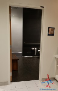 Delta Sky Club showers SFO San Francisco airport Renes Points blog (3)
