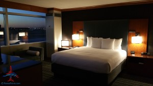 jr suite with runway view grand hyatt dfw renes points blog review (7)