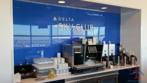 Delta Sky Club NYC New York City T4 JFK Review Renes Points blog (12)