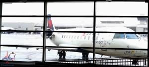 Delta Air Lines partner CRJ200 jet in DTW airport RenesPoints blog