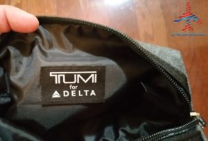 Delta Tumi Delta One Amenity Kit Review Black and Gray RenesPoints blog (7)