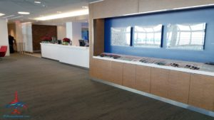 Delta Minneapolis MSP Central concourse Sky Club Review RenesPoints travel blog (3)