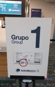 AeroMexico Skyteam 737-800 business class seat review and dinner RenesPoints travel blog (2)