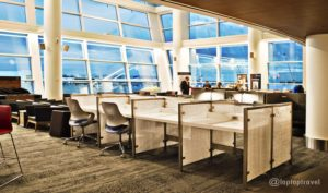 work-cubicles-huge-windows-view-delta-seatac-skyclub-terminal-a-seattle-airport