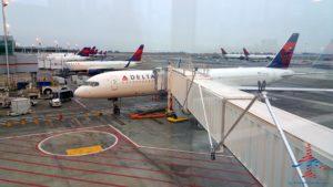 Delta jets in NYC JFK RenesPoints travel blog