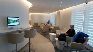 skyteam-delta-lounge-hkg-hong-kong-international-airport-review-renespoints-travel-blog-19