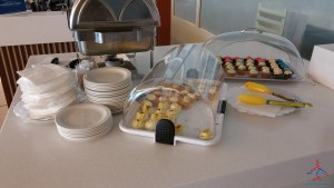 The Priority Pass Executive lounge review at SXM St Maarten RenesPoints Travel blog review (18)