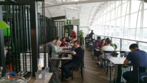 plaza premium priority pass lounge hong kong hkg airport renespoints blog review (13)
