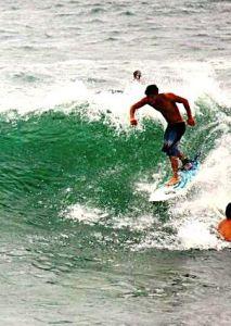 0 Andrew surfing
