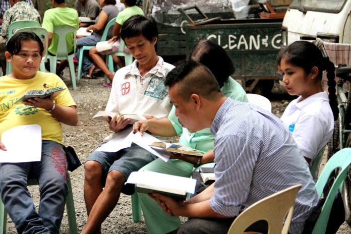 Philippines-1-696x464