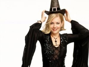 sabrina the teenage witch revived?