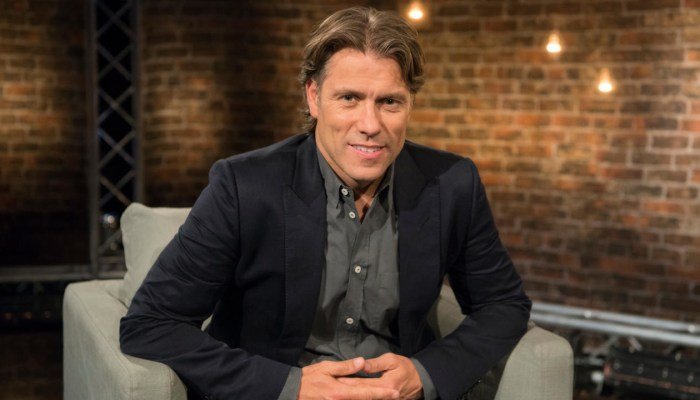 John Bishop: In Conversation With... Renewed