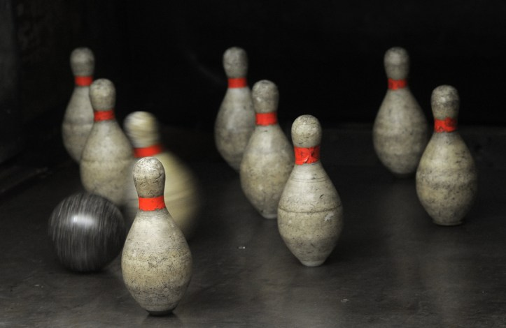 Darkroom blog post on one of the few remaining duckpin bowling centers in the Baltimore region.