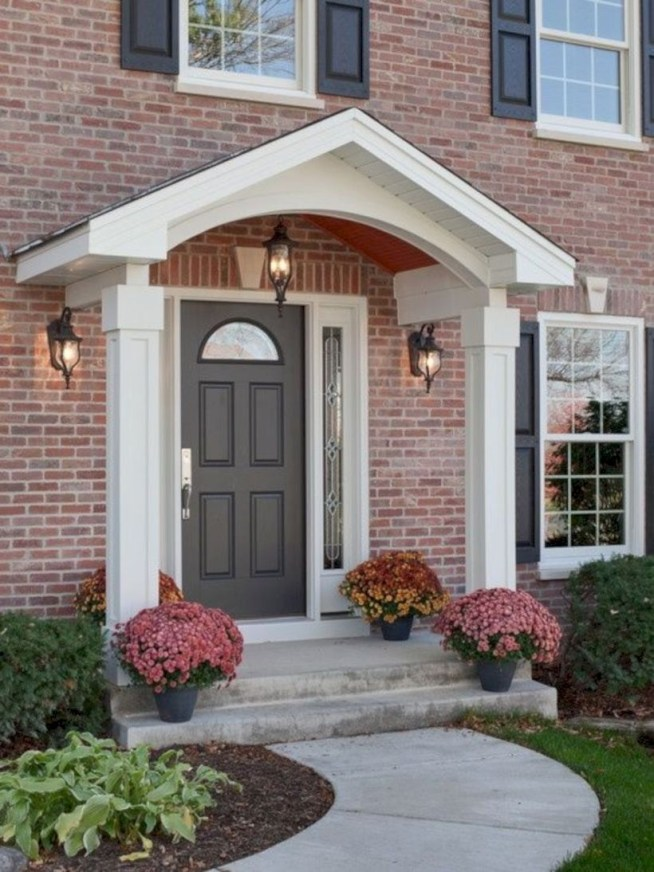 Arrangement Of A Neat Red Brick To Beautify The Exterior Of The House 22