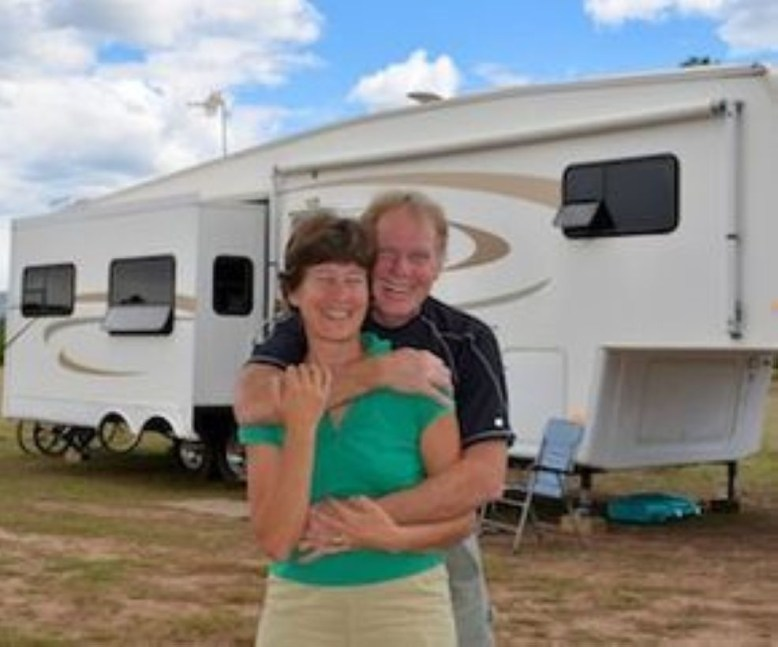 Best RV Full Time For As A Family 17