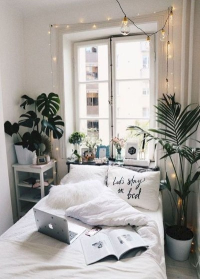 Best Small Bedroom Ideas On A Budget 10