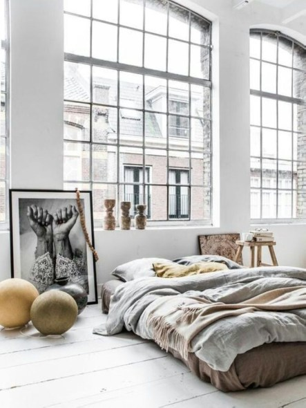 Cozy Bedroom Ideas For Your Tiny Apartment 32
