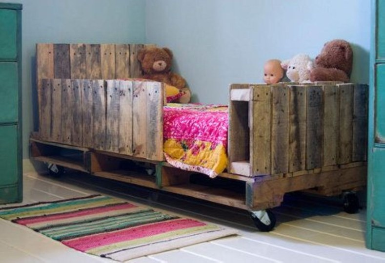 Easy DIY Ideas For Old Pallet Wood 22