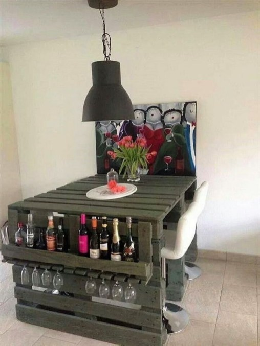 Easy DIY Ideas For Old Pallet Wood 37