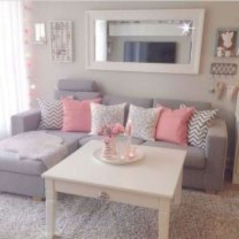 Luxury Apartment Decorating On a Budget 29