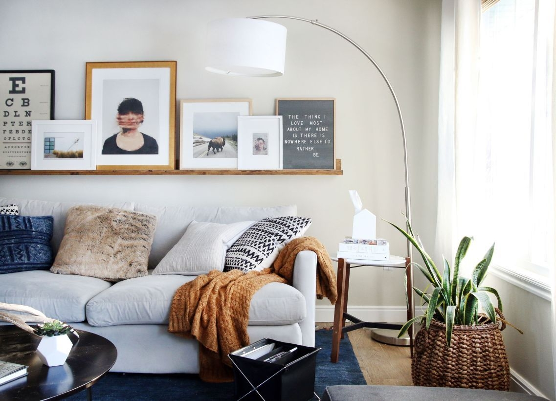 Neat And Cozy Living Room Ideas For Small Apartment 07