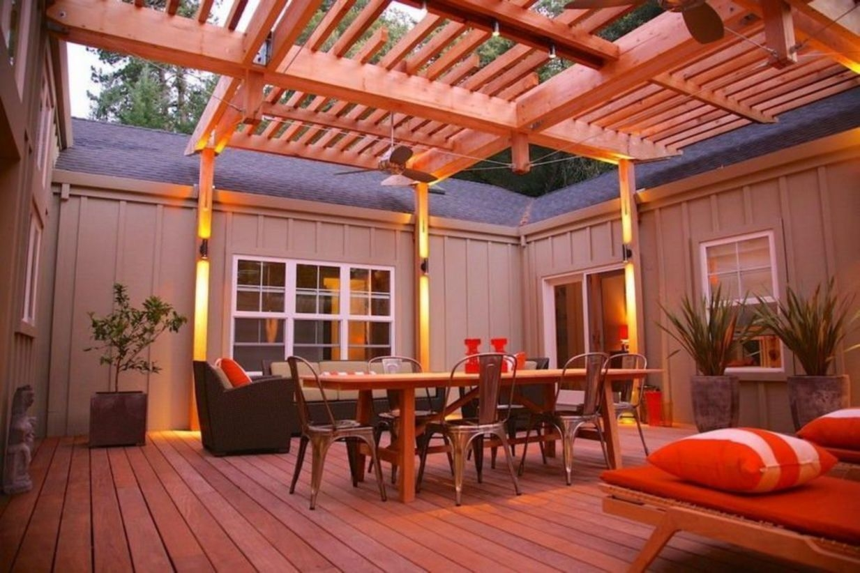 Pergola Ideas To Keep Cool This Summer 19