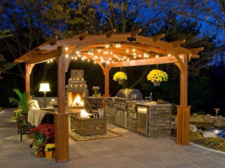 Pergola Ideas To Keep Cool This Summer 26