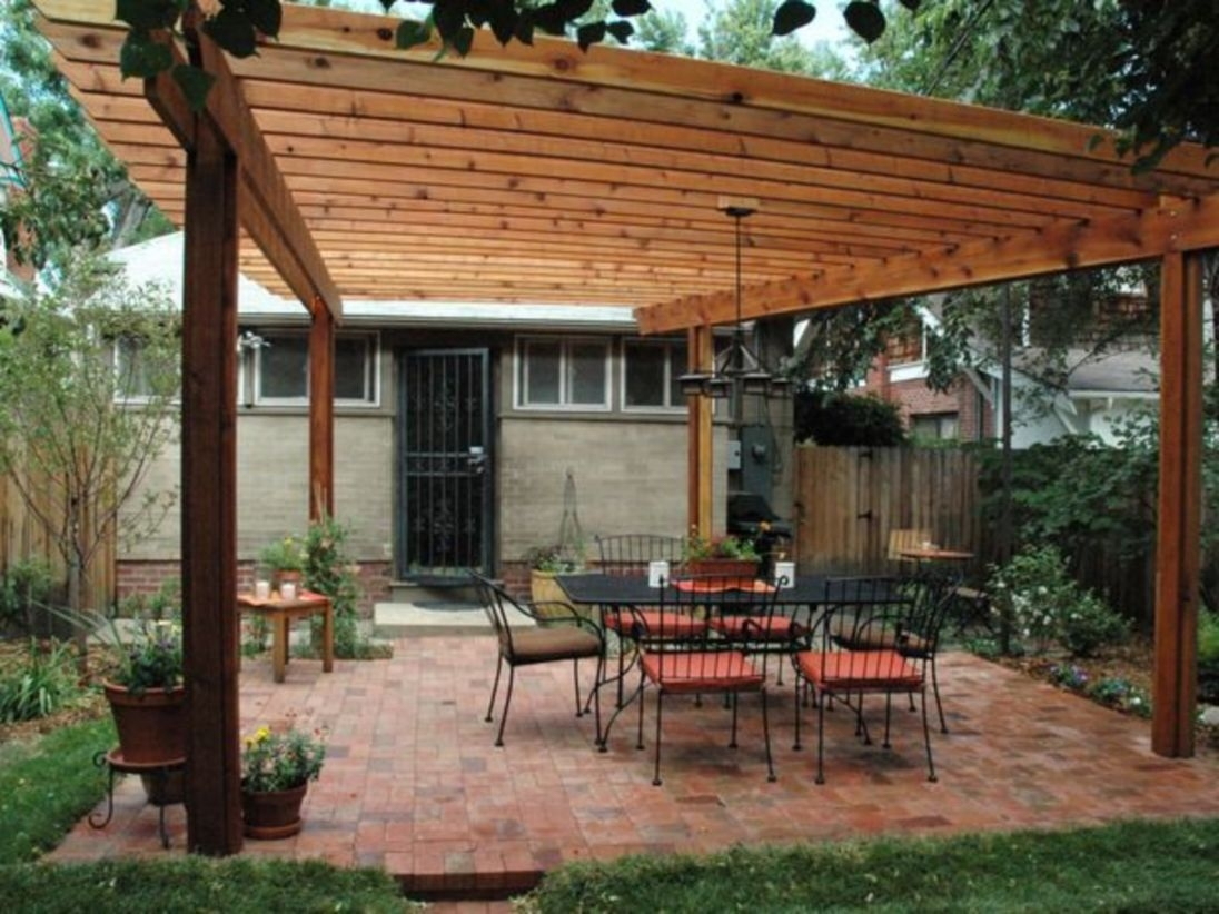 Pergola Ideas To Keep Cool This Summer 36