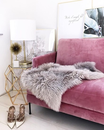 Pink And Gray Modern Living Room Decor 10