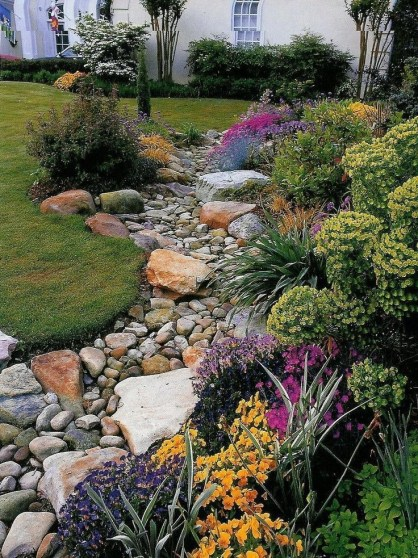 River Rock Landscape And Lavender Bush For Your Outdoor 02